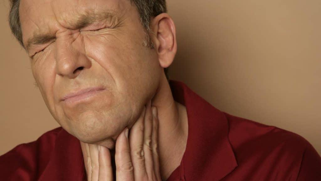 Разрастание и боль у миндалинах