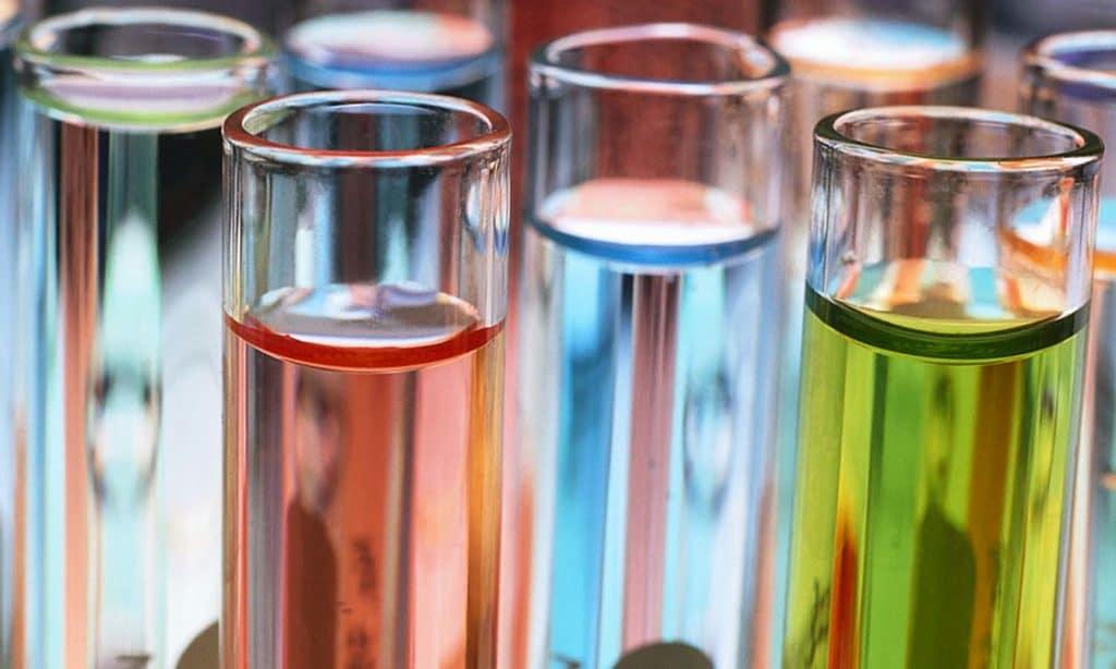 Исследуя суточный анализ мочи, обращают внимание также на цвет, прозрачность и другие характеристики