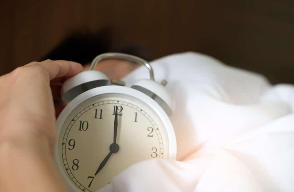 Как «ещё пять минут поспать» влияет на здоровье