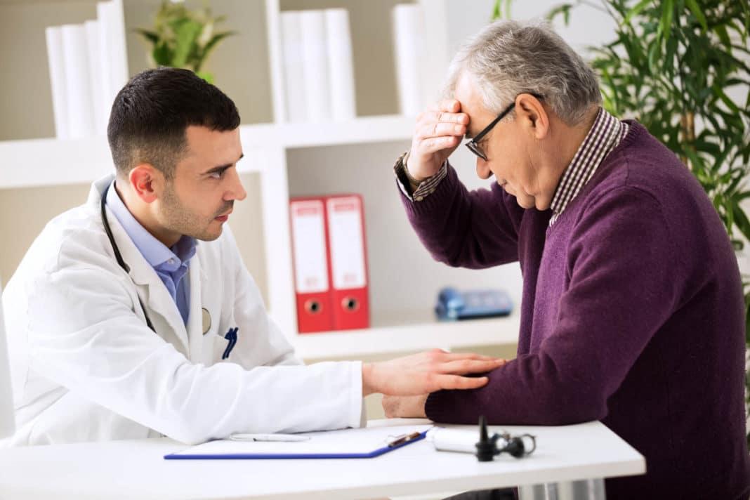 Когда нельзя сбивать давление или как распознать инсульт?