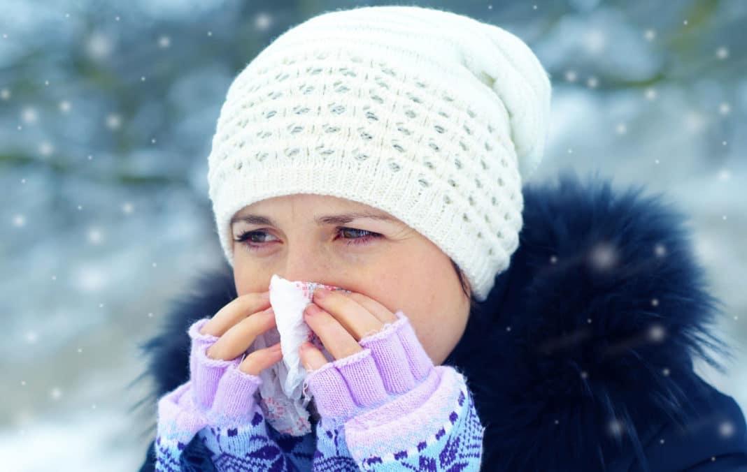 Почему на морозе течет из носа?