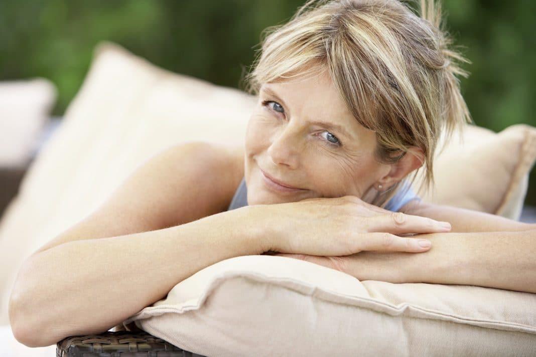 Почему у женщин с возрастом изменяется запах тела?