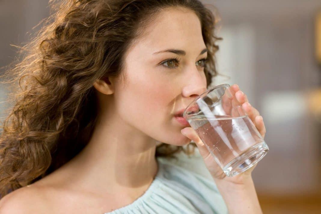 Вот как мы понимаем, когда пора прекратить пить воду