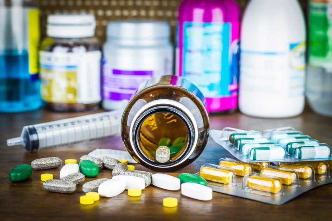Лекарства, опасные летом